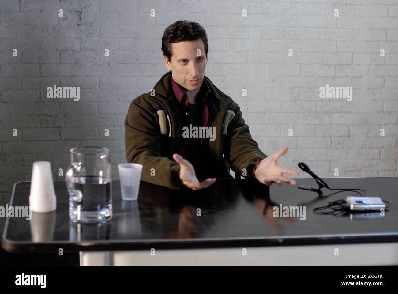 BEN SHENKMAN BRIEF INTERVIEWS WITH HIDEOUS MEN (2009) - Stock Image