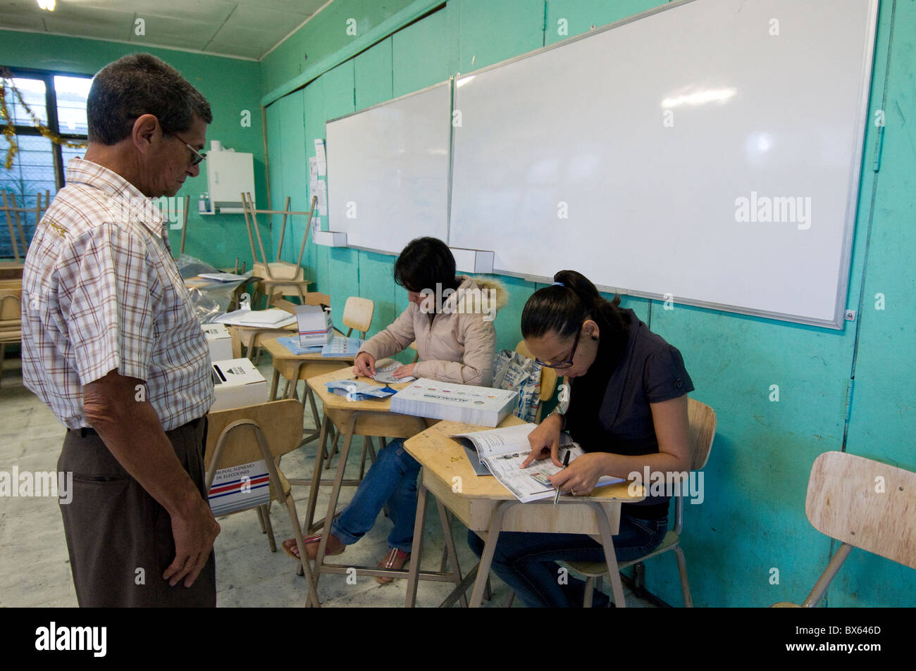 Voter Municipal elections San José Costa Rica - Stock Image