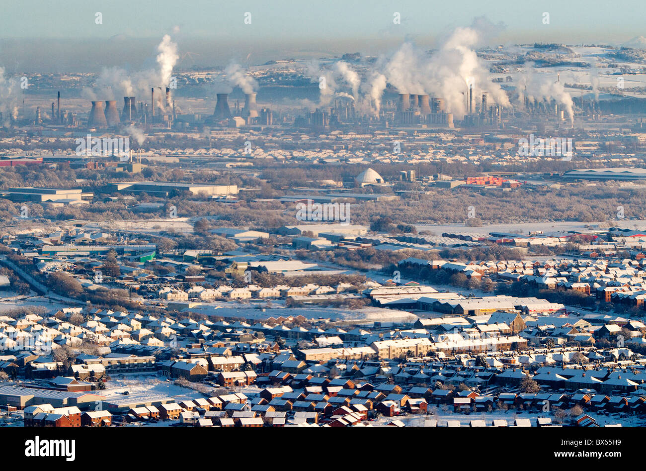 An aireal view of the Grangemouth petrochemical plant, Falkirk, Scotland. - Stock Image