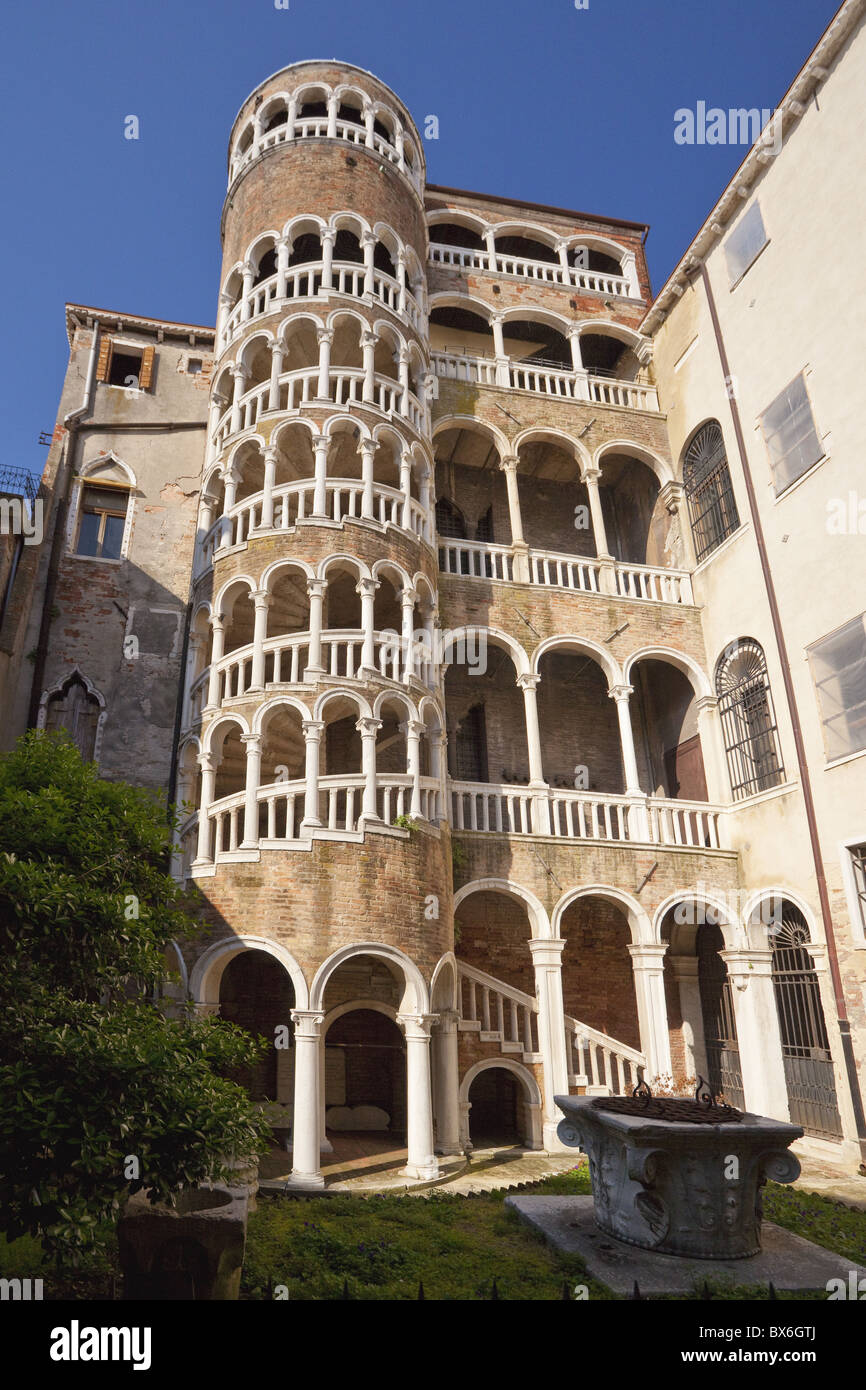 External stairway, Palazzo Contarini del Bovolo dating from the 15th century, Venice, UNESCO World Heritage Site, - Stock Image