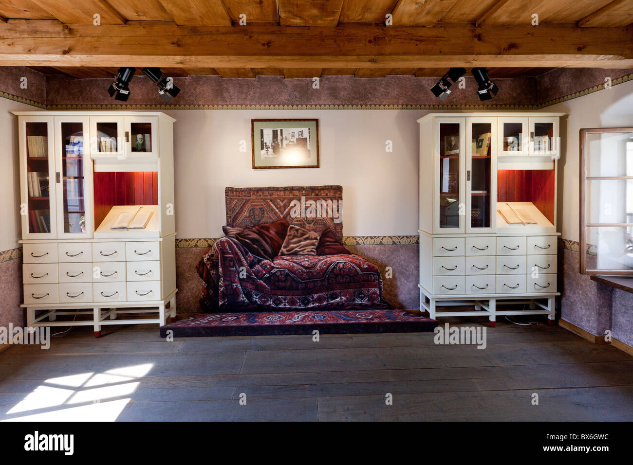 room, sofa, couch, Sigmund Freud, psychoanalyst, native house, Pribor - Stock Image