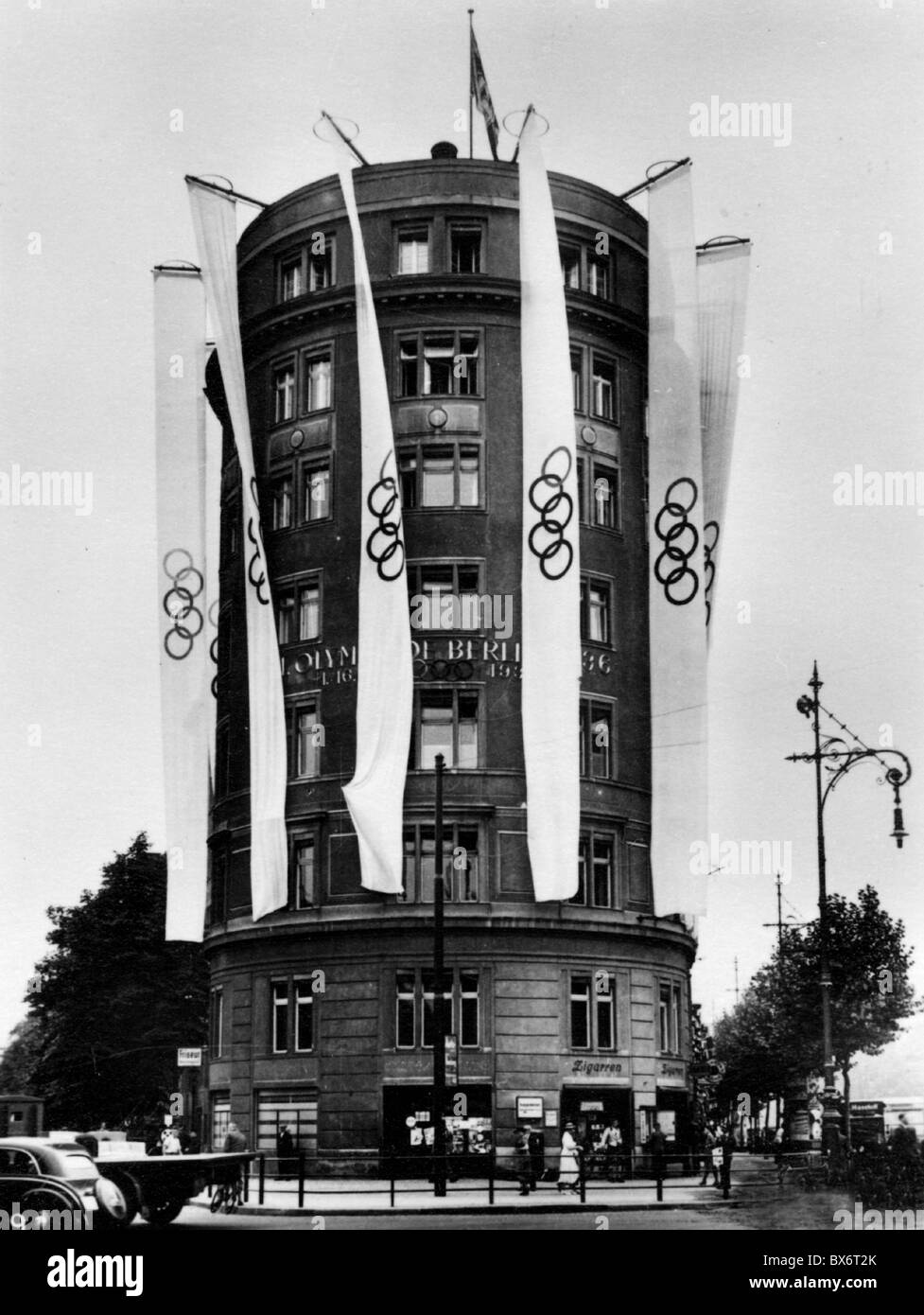 sports, Olympic Games, Berlin 1.- 16.8.1936, opening, decorations at house Am Knie, headquarter of the Olympic Commitee - Stock Image