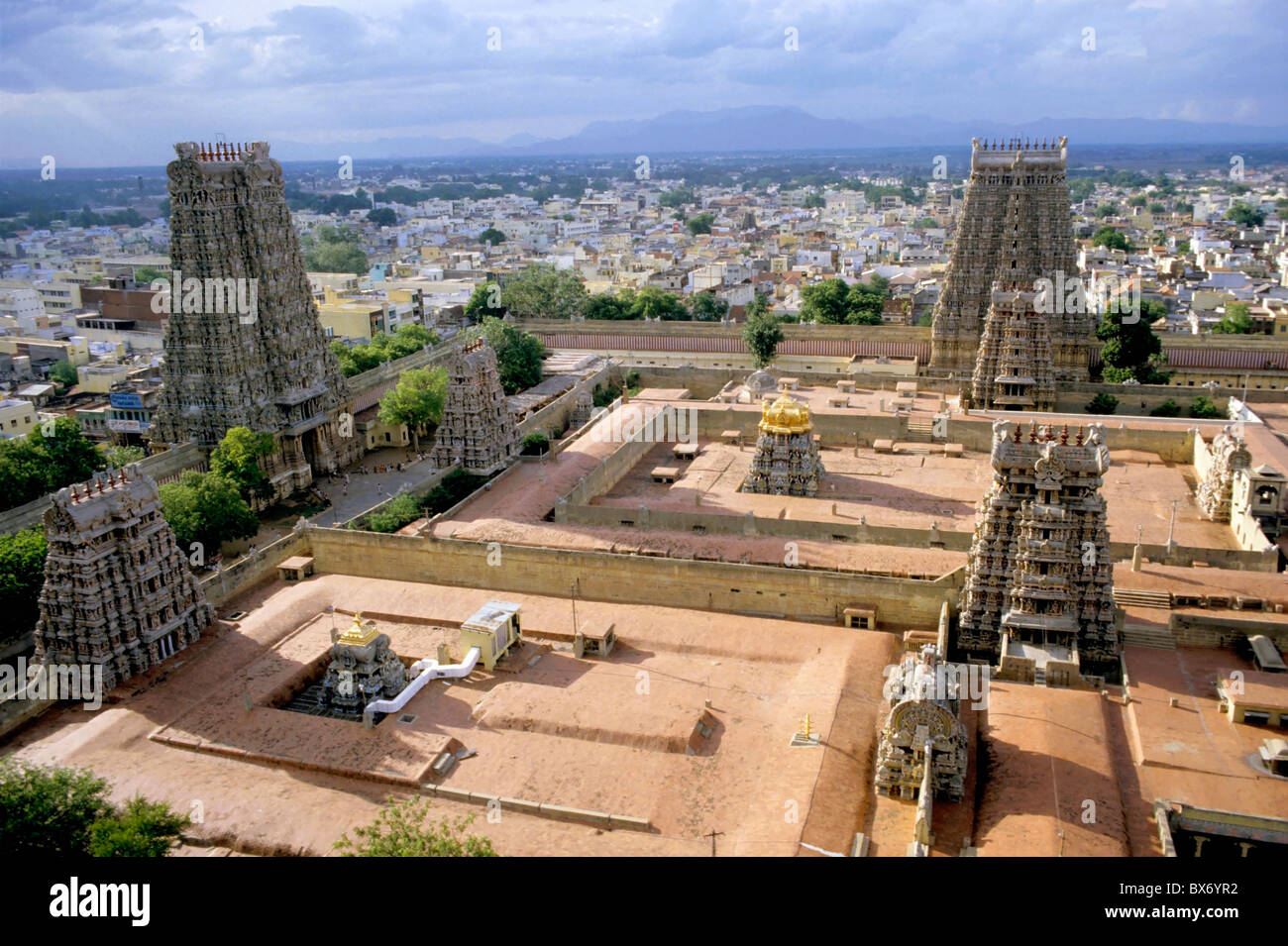 Madurai, Tamil Nadu, India - The Meenakshi Amman Temple and cityscape of Madurai. Stock Photo