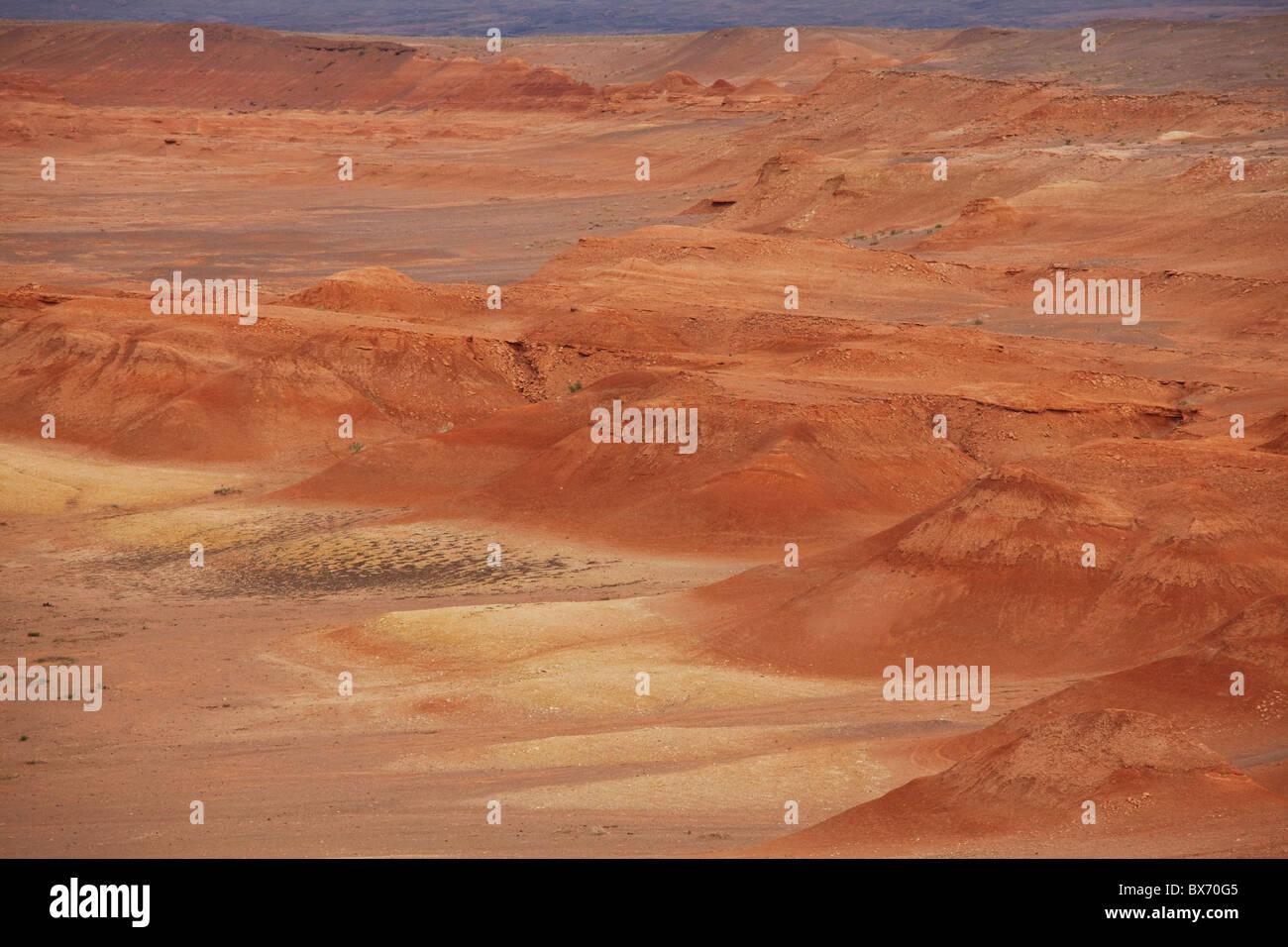 Gobi desert near Gurvantes .Gurvan Saikhan National Park ,Mongolia - Stock Image