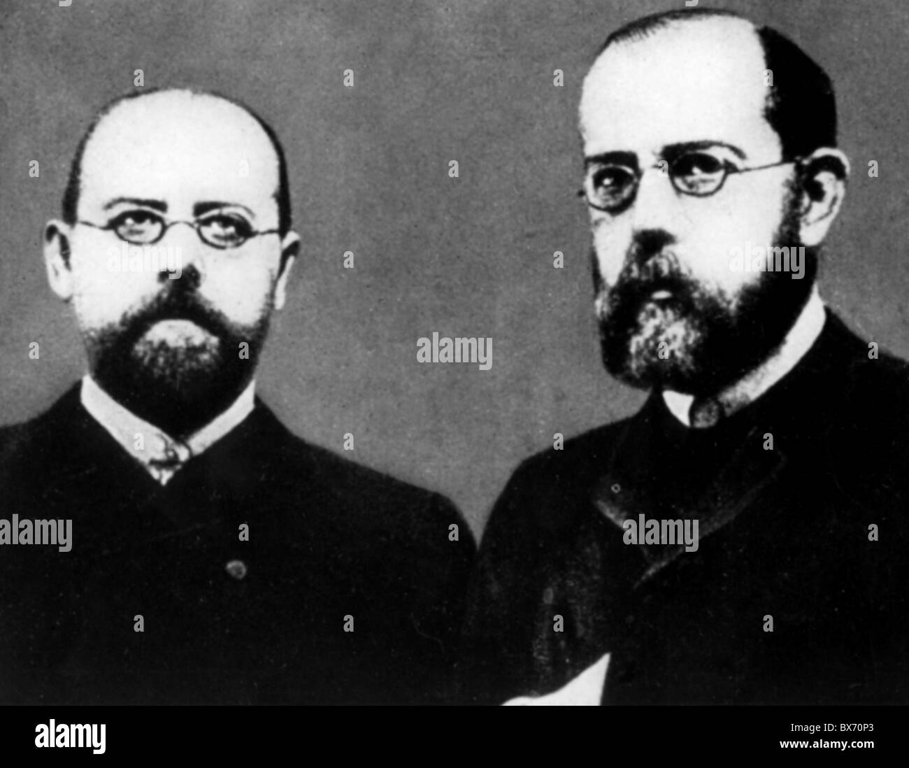 Koch, Robert, 11.12.1843 - 27. 5.1910, German physician, with colleague at the Imperial Health Office Friedrich - Stock Image