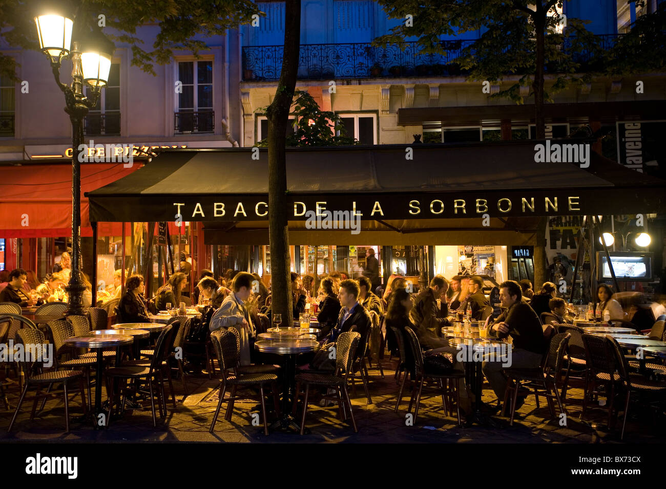 cafe with outdoor seating on place de la sorbonne - Stock Image