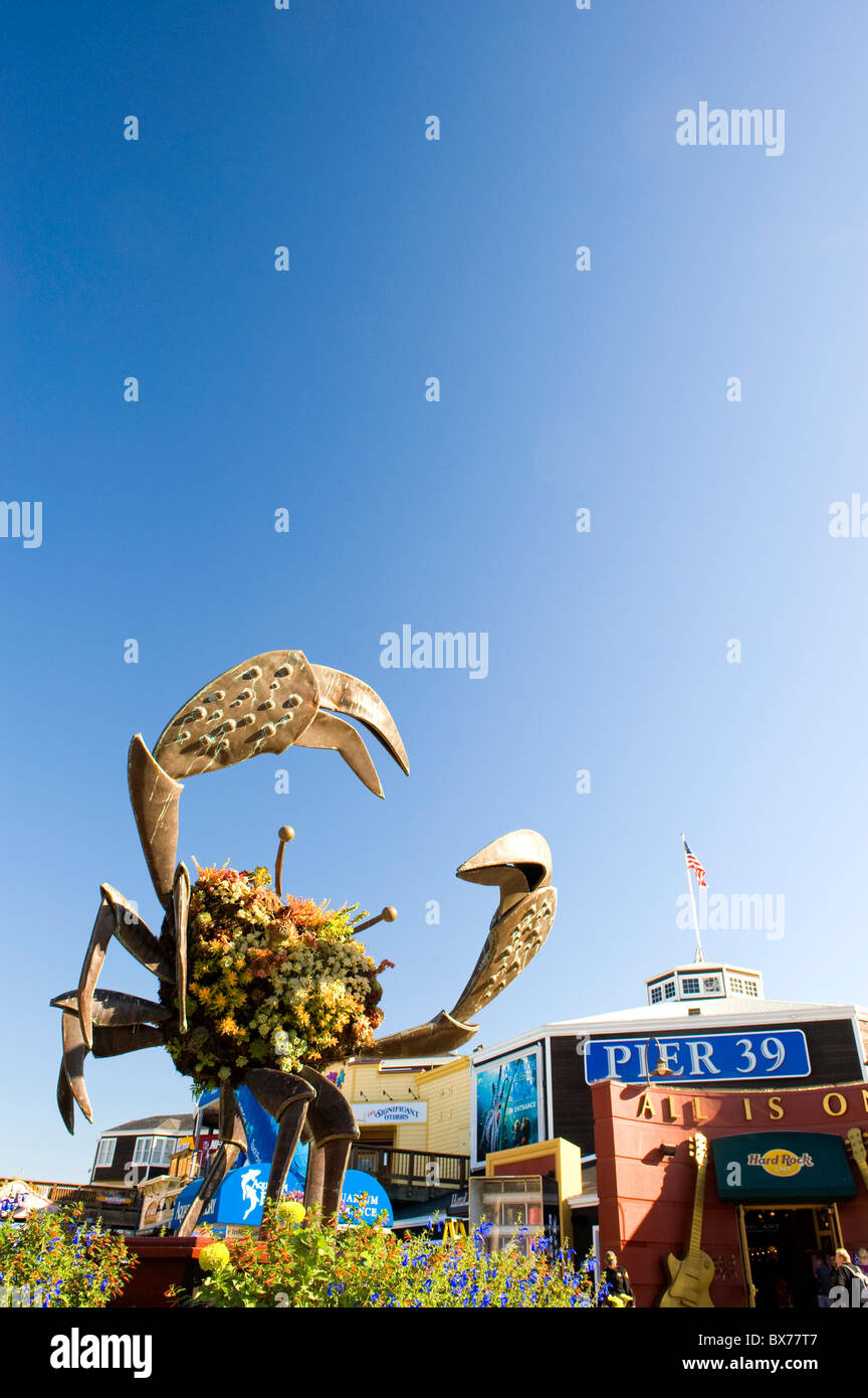 Usa, California, San Francisco, Fisherman's Wharf, Pier 39, tourist shops - Stock Image