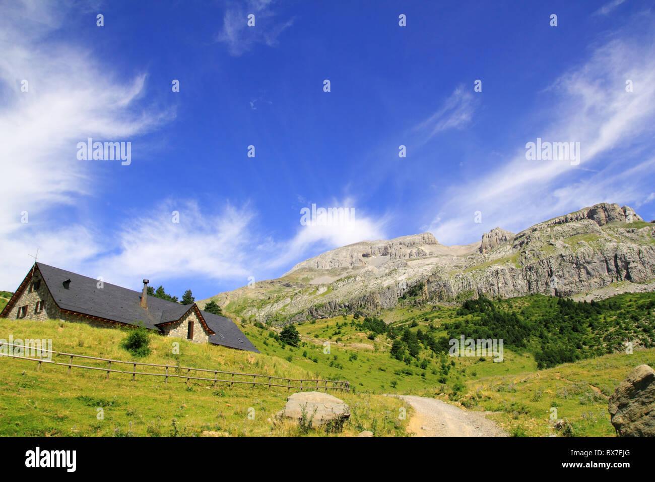 Bisaurin peak Lizara Aragues del Puerto mountain retreat Pyrenees Huesca Spain - Stock Image