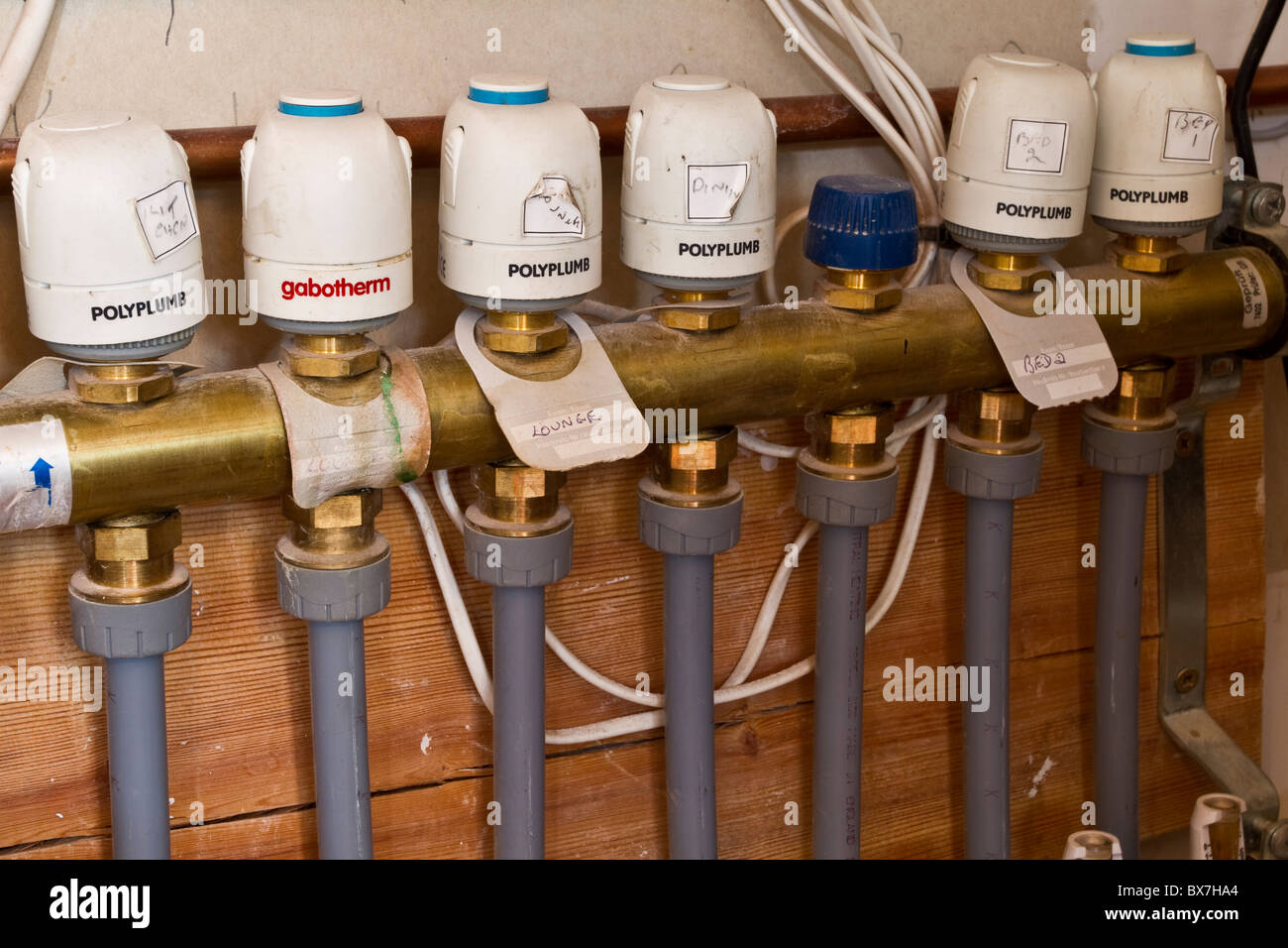 Underfloor Central Heating pipes and Control Valves New Plumbling ...