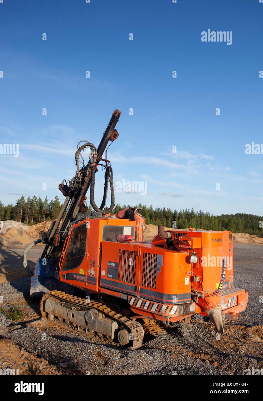 Rock surface drilling machine ( Tamrock / Sandvik Ranger