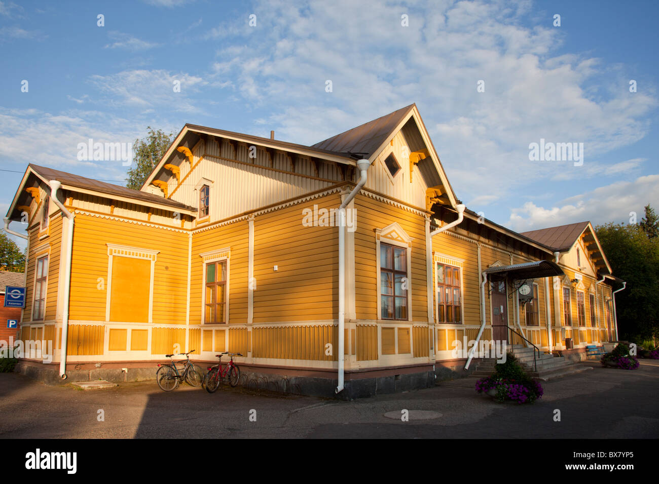Wooden railway station building at Suonenjoki Finland - Stock Image