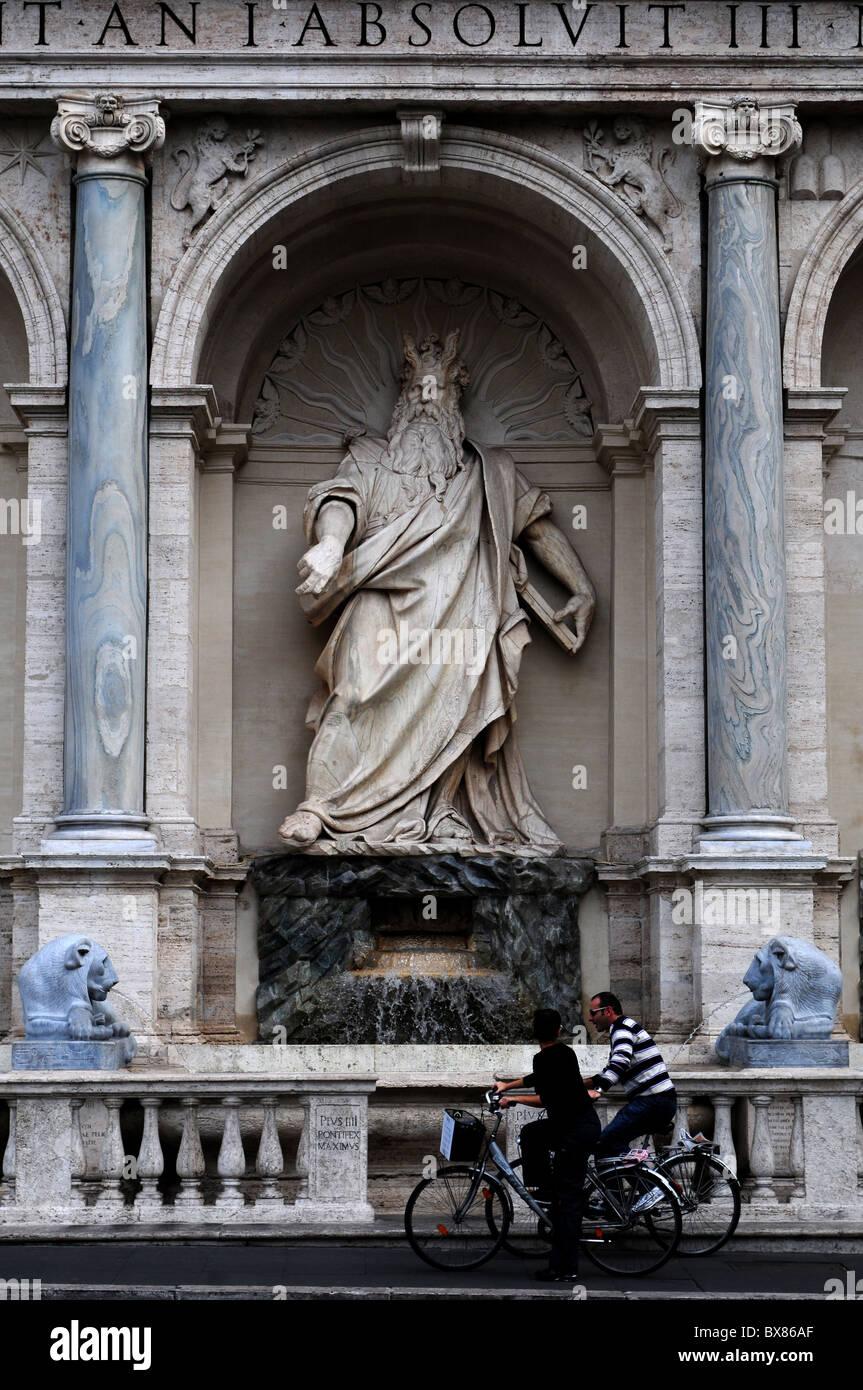 Fontana dell'Acqua Felice Roma Italy - Stock Image