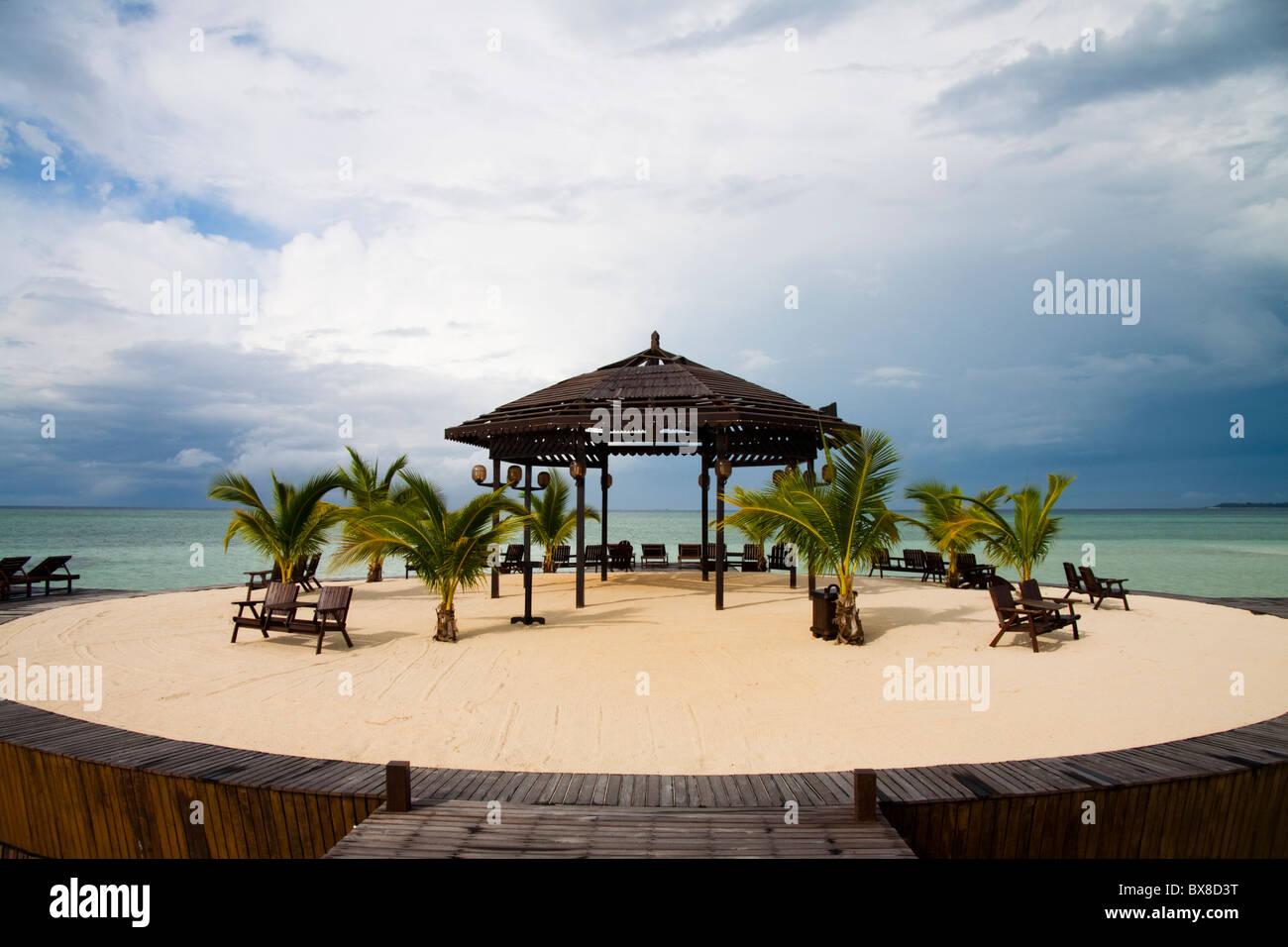 Sipadan kapalai dive resort stock photos sipadan kapalai dive resort stock images alamy - Kapalai sipadan dive resort ...