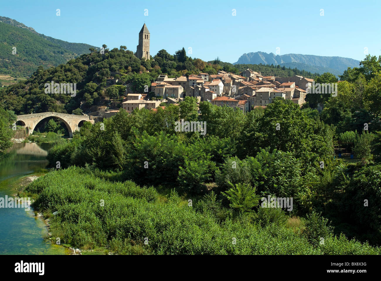 Medieval village settled along the Orb river, Olargues, Herault, France. - Stock Image