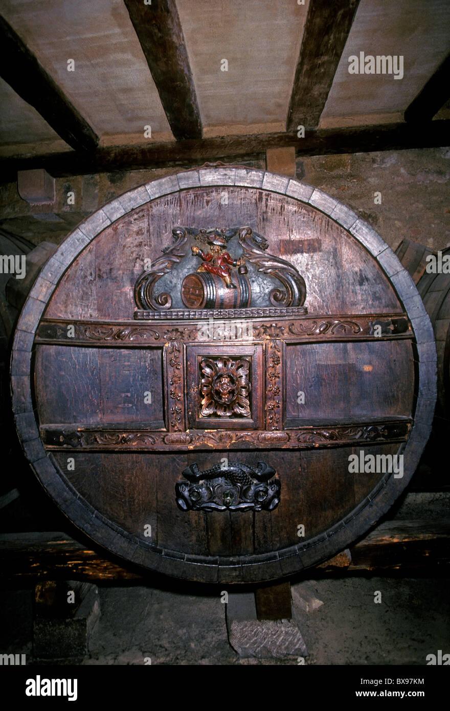 wine barrel, wooden wine barrel, circa 18th century, 18th century, Unterlinden Museum, Musee d'Unterlinden, - Stock Image