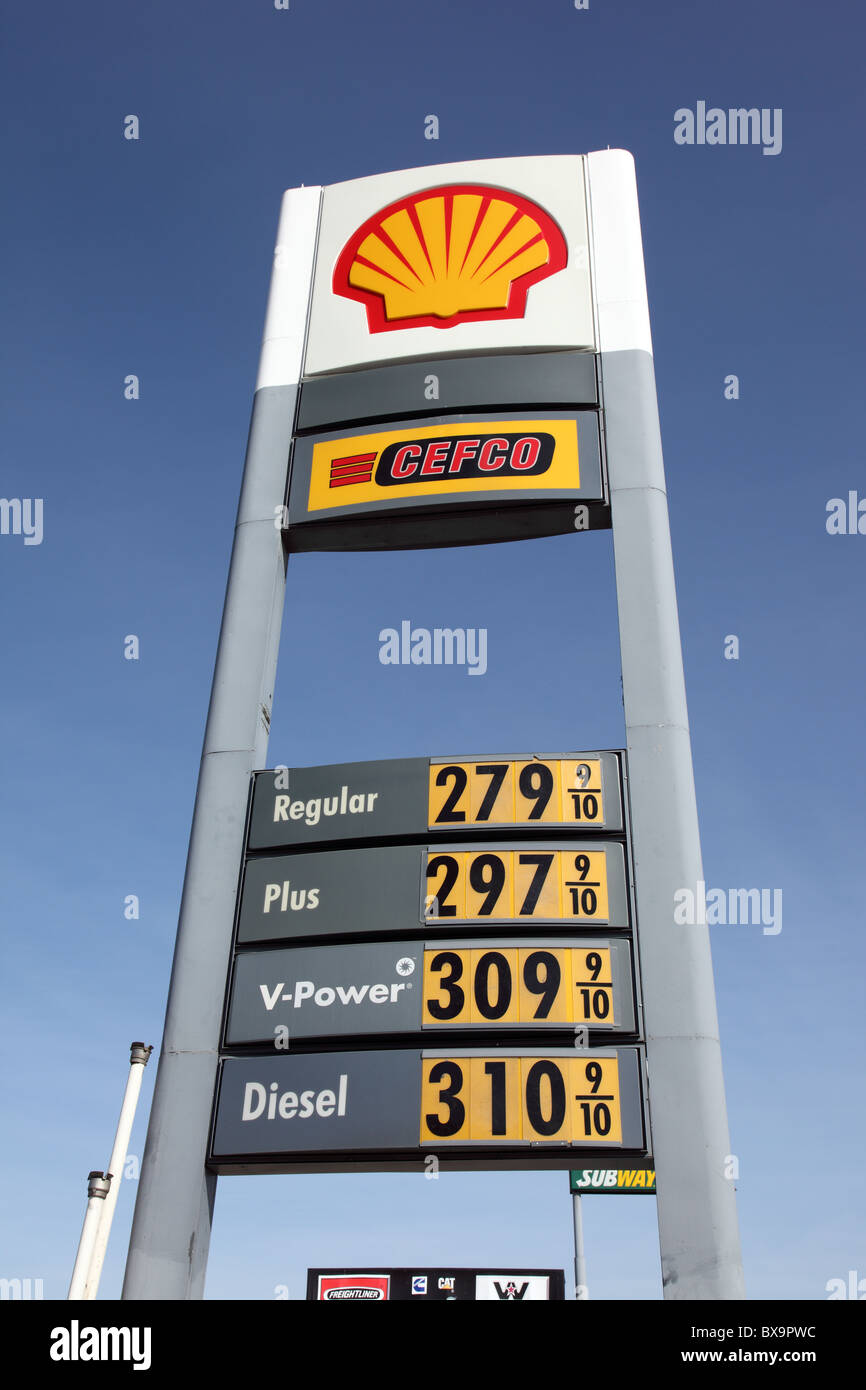 Gas Prices In Texas >> Texas Gas Prices Interstate 35 December 2010 Stock Photo 33406952