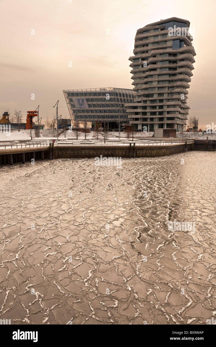 The Unilever building based in the new Harbour Development of Hamburg - Stock Image