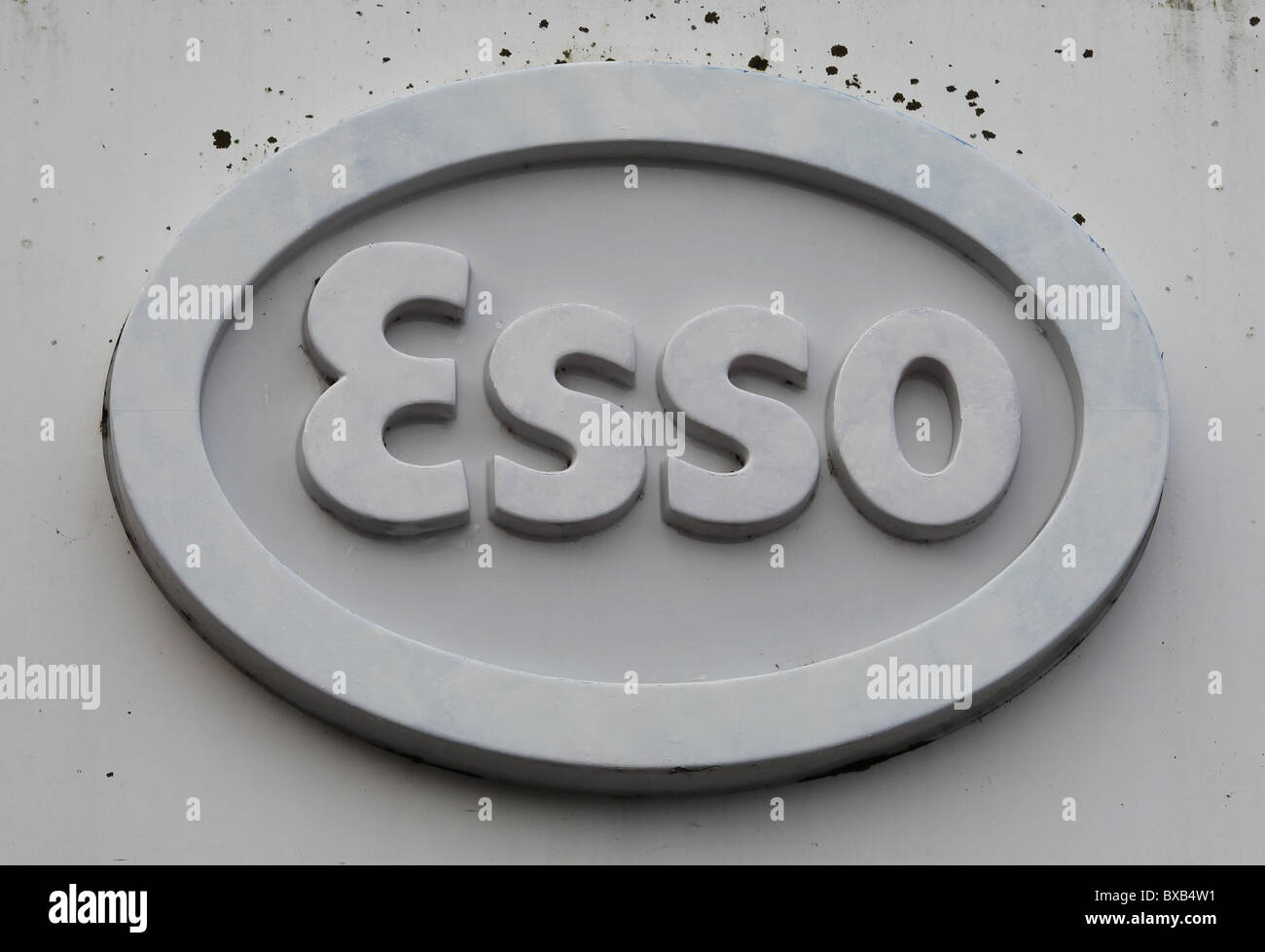 Old Esso sign. Picture by James Boardman - Stock Image