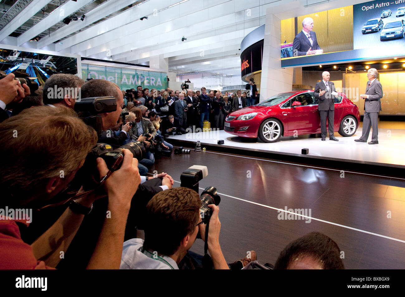 Journalists and photographers at the presentation of the new Opel Astra car at the 63. Internationale Automobilausstellung - Stock Image