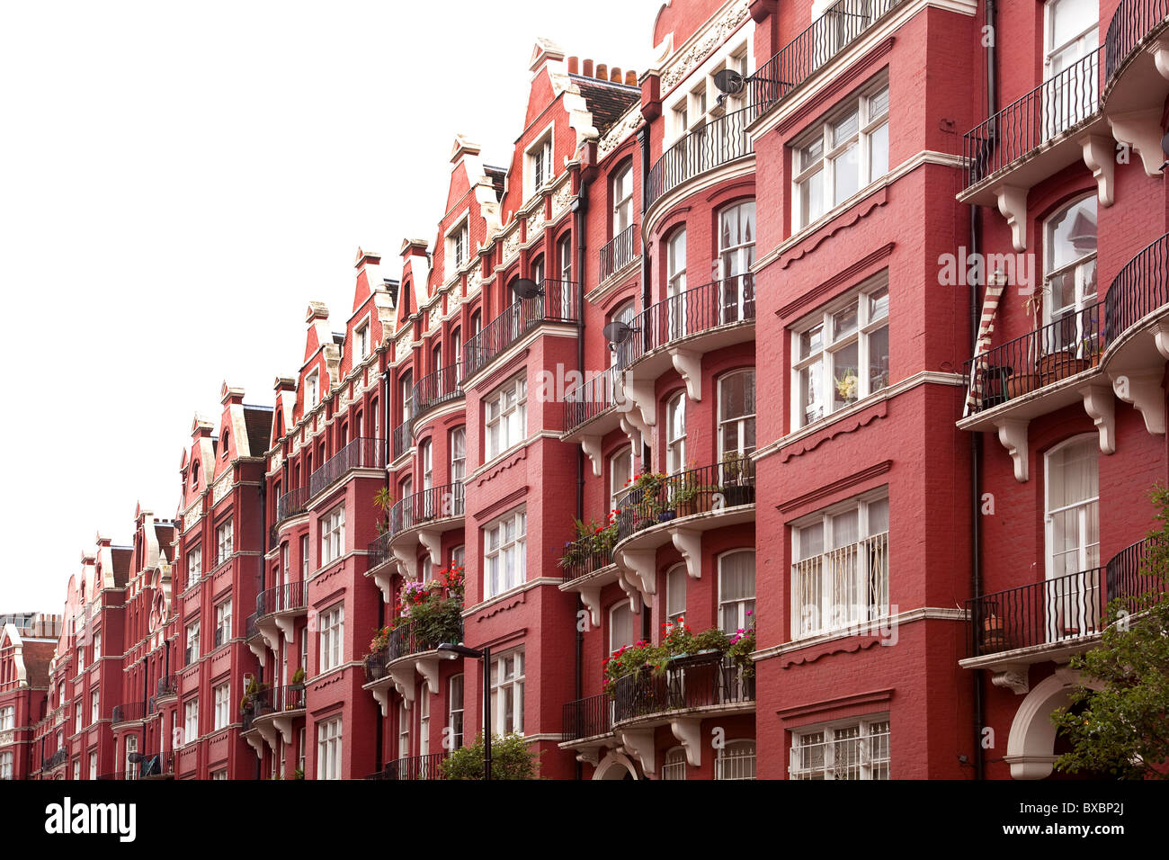 Row of houses with brick buildings, Victorian style, in London, England, United Kingdom, Europe Stock Photo