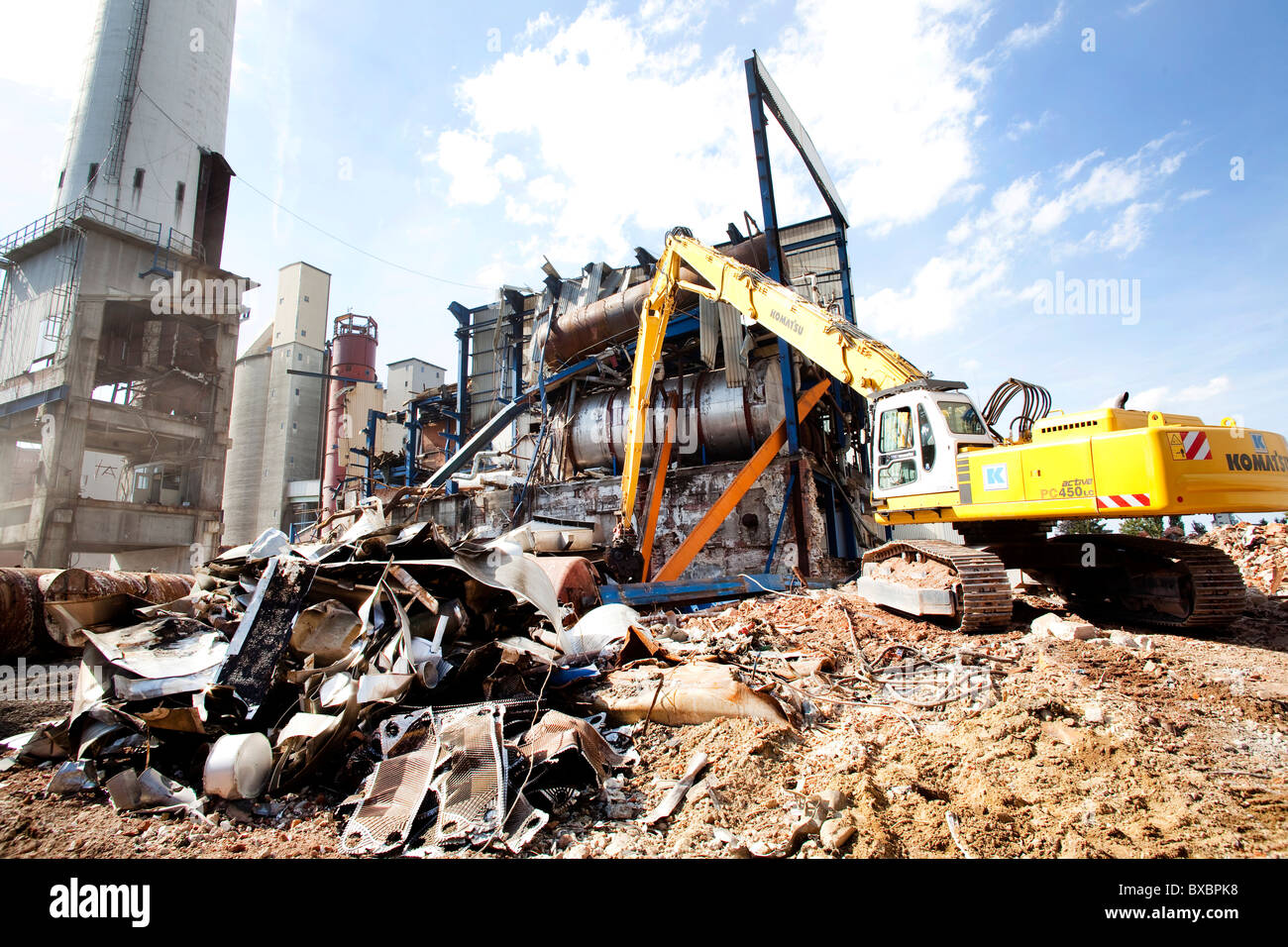 Demolition work on the disused sugar factory of Suedzucker AG, Regensburg, Bavaria, Germany, Europe - Stock Image