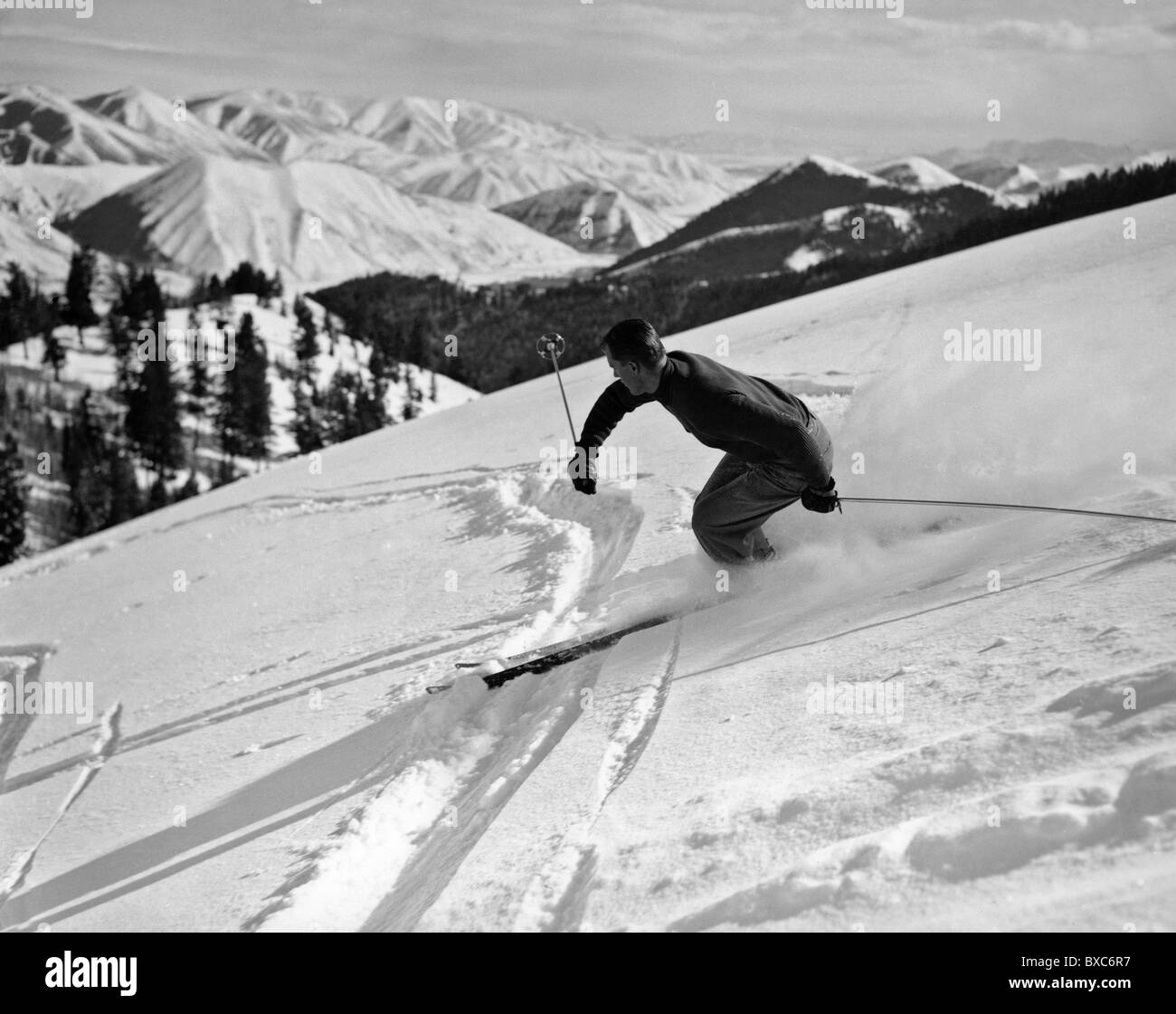 sports, winter sports, skiing, young man doing downhill skiing, 1950s, , Additional-Rights-Clearences-NA - Stock Image