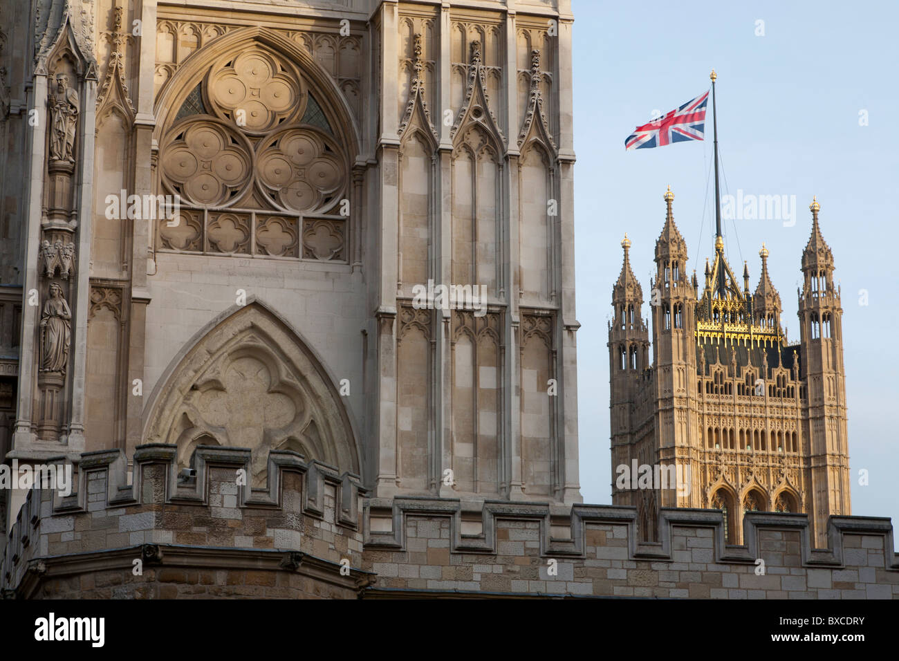 VIEW FROM WESTMINSTER ABBEY TO VICTORIA TOWER, PALACE OF WESTMINSTER, LONDON, ENGLAND, GREAT BRITAIN - Stock Image