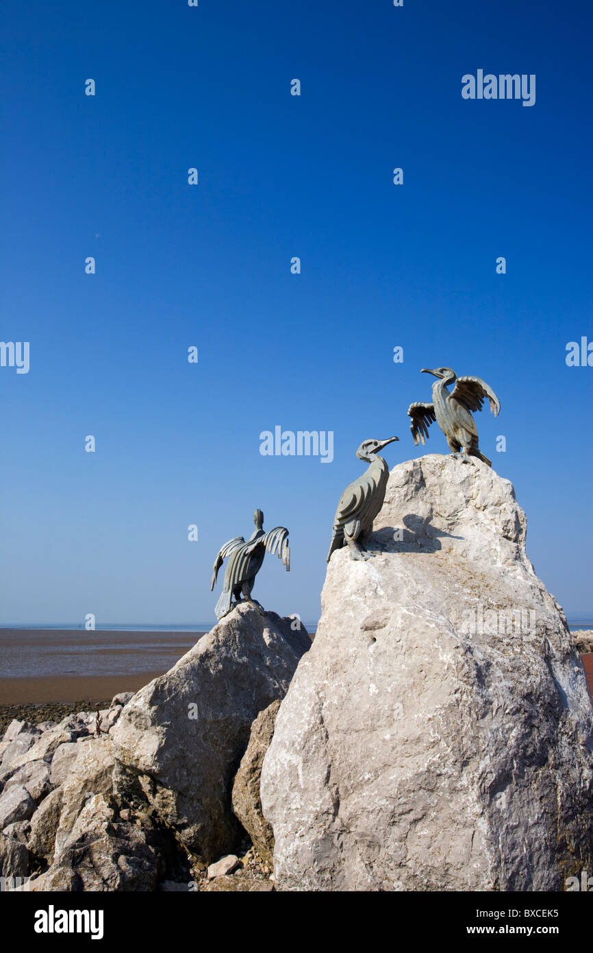 Bird sculptures on the sefront at Morecambe (part of the Tern Project) - Stock Image