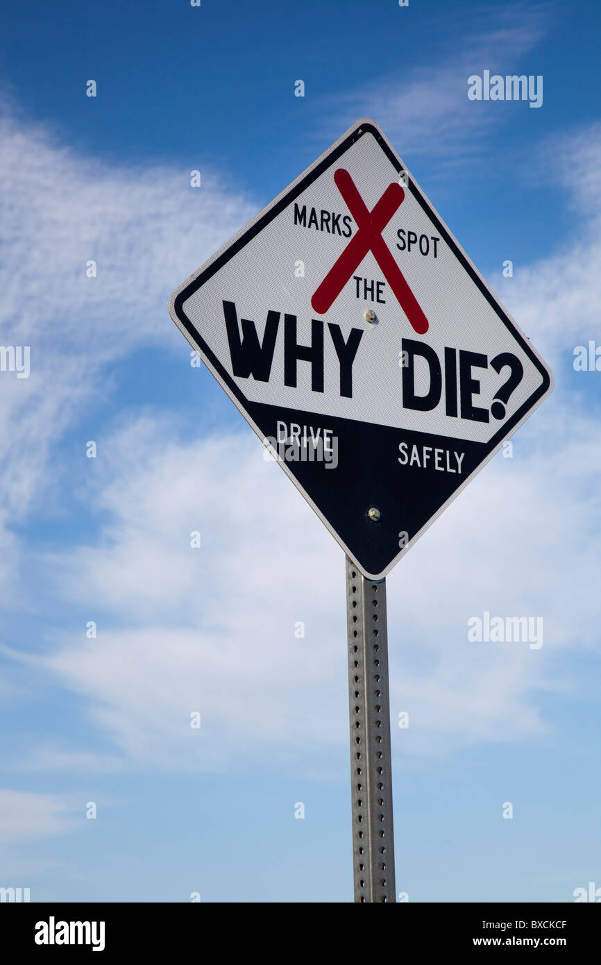 Sign Marks the Location of a Traffic Fatality - Stock Image