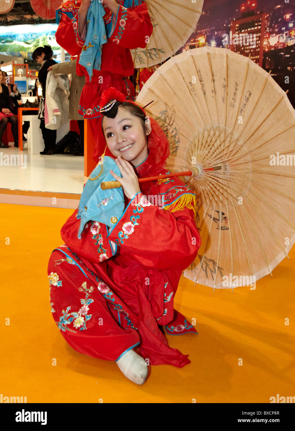Traditional Chinese Dancers London UK Europe - Stock Image