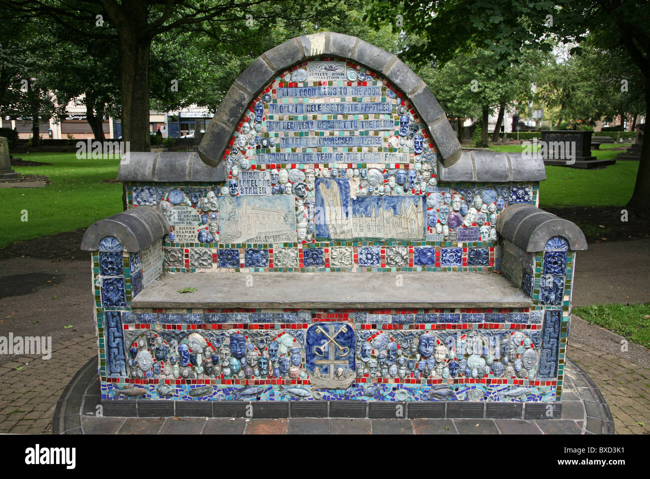 St. Peter's community mosaic, a ceramic seat or bench in the churchyard of St Peter ad Vincula, also known as - Stock Image