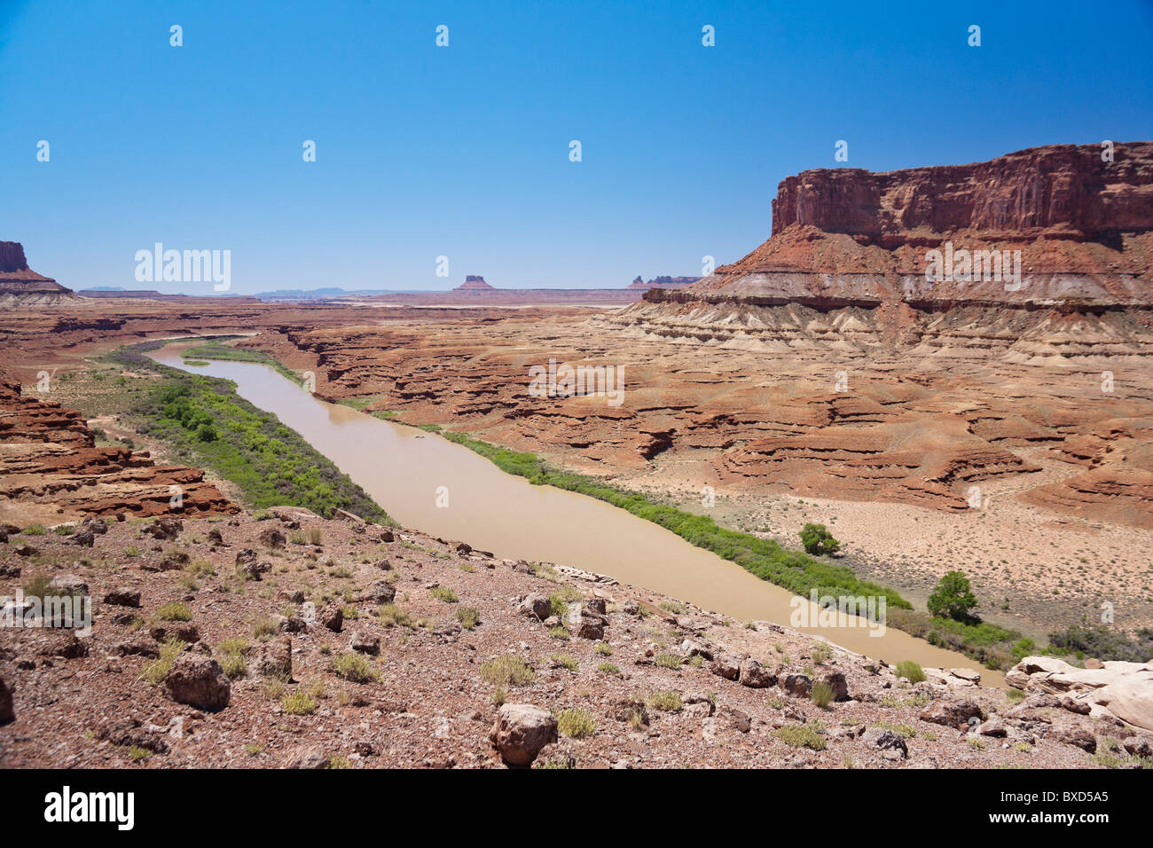 The Green River in Canyonlands National Park meanders through the White Rim trail. - Stock Image