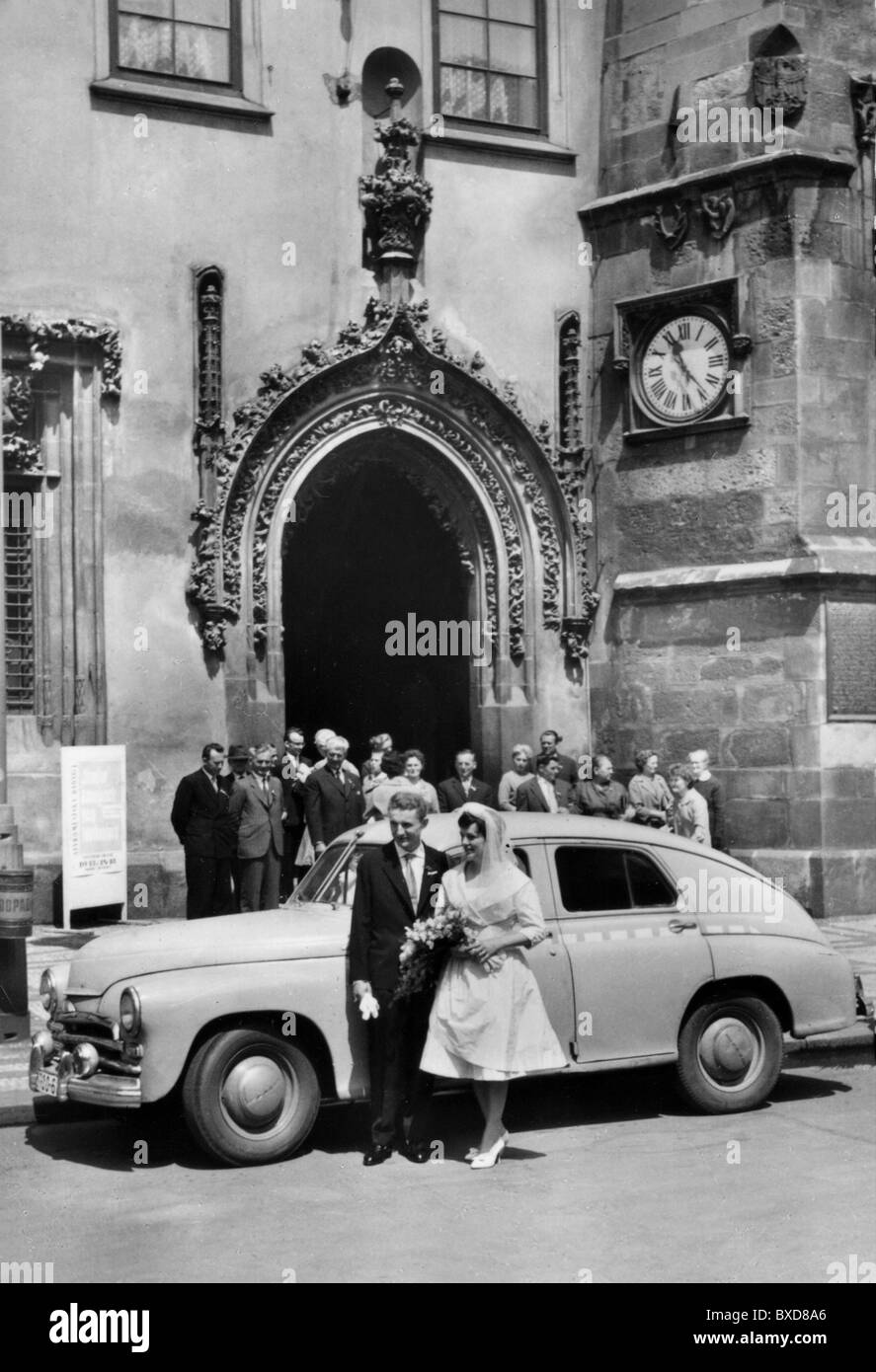 People Couples Wedding 1950s Marriage Married Couple Car Bride