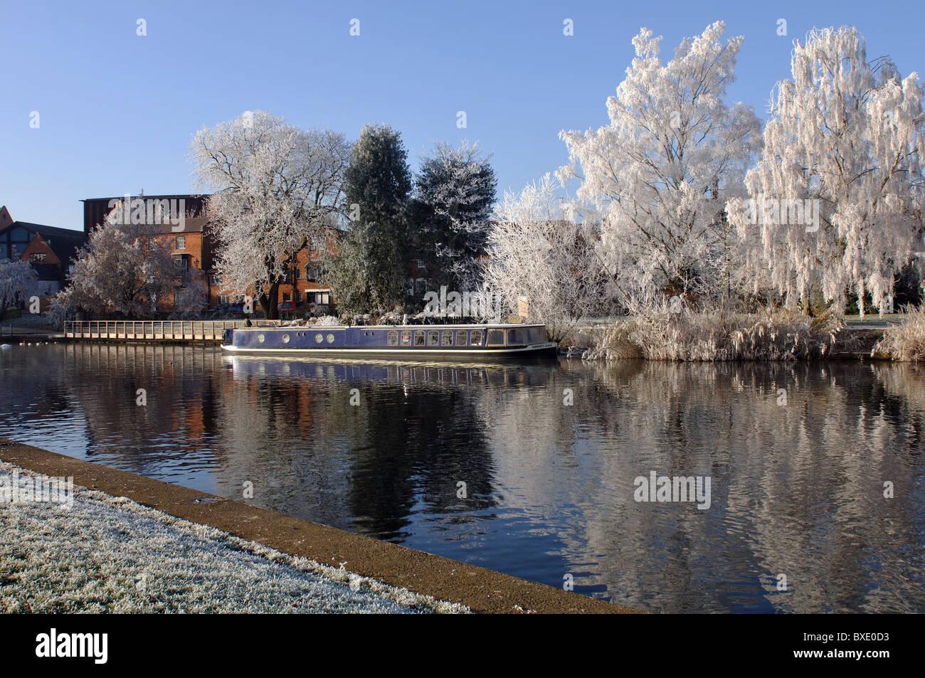 The River Avon in winter, Stratford-upon-Avon, UK - Stock Image