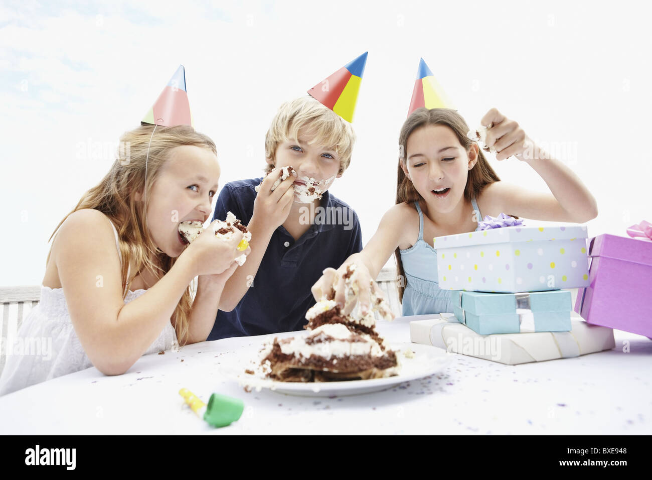 Children eating birthday cake Stock Photo 33505928 Alamy
