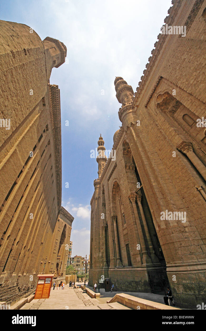 Mosque of Sultan Hassan and Al Refai Mosque, Cairo, Egypt, North Africa, Africa - Stock Image