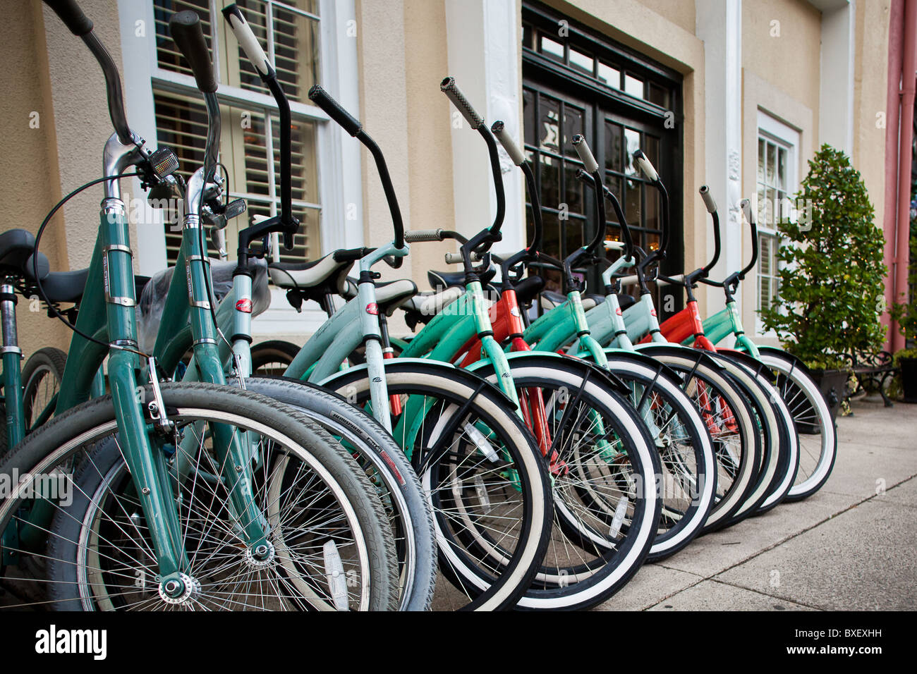 View of the bicycles in front of the Vendue Hotel and Vendue Range in Charleston, SC. - Stock Image
