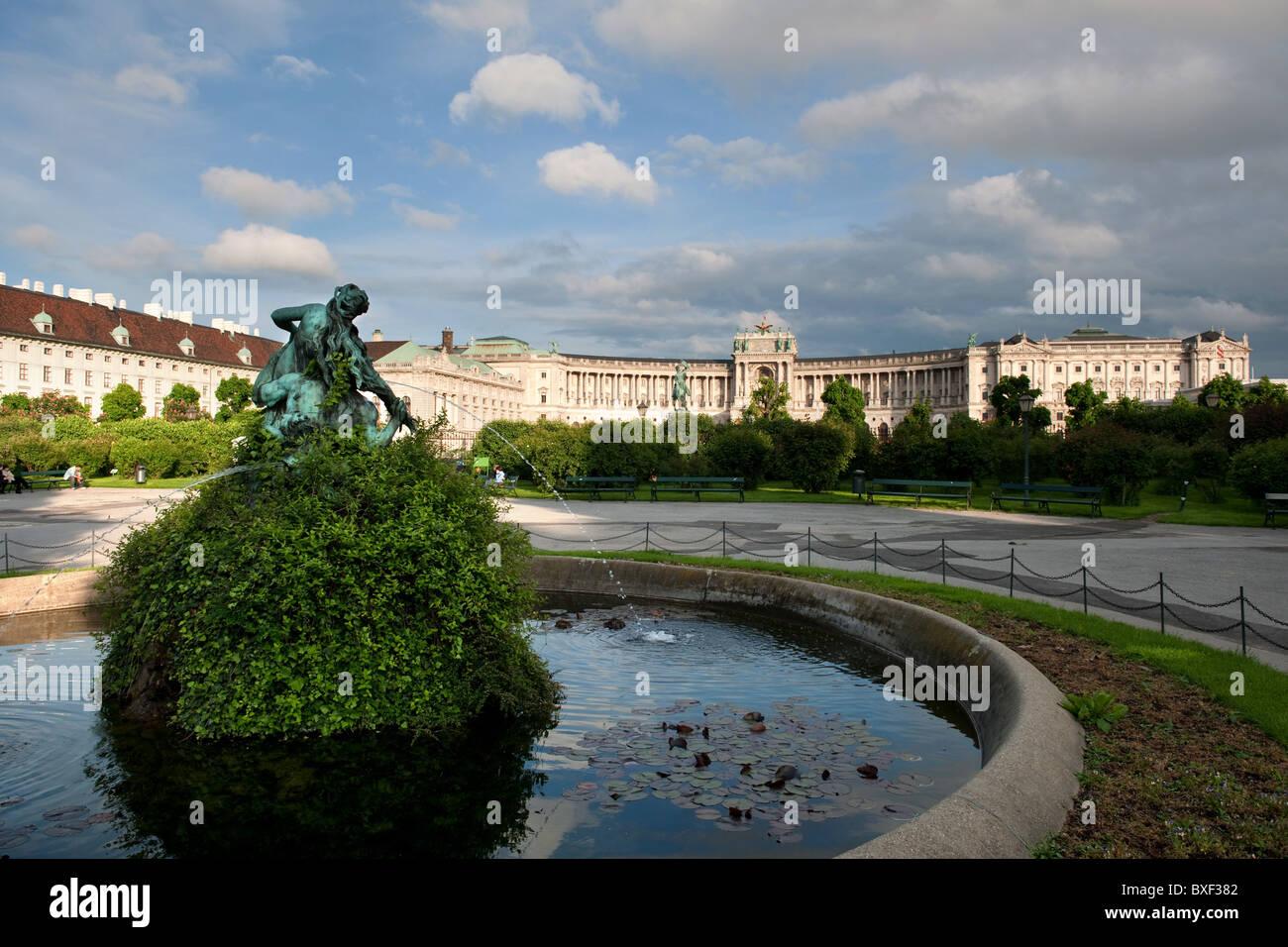 view from volksgarten to Hofburg Palace Heldenplatz Vienna Austria 2010 - Stock Image