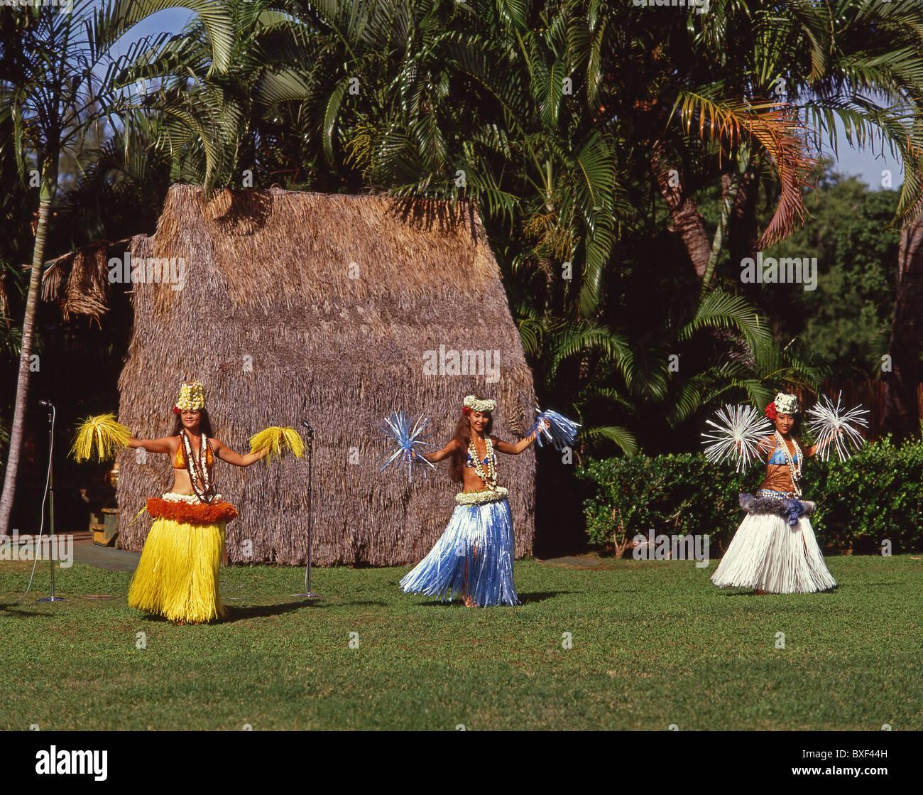Hawaiian dancers, Kodak Hula Show, Honolulu, Oahu, Hawaii, United States of America - Stock Image