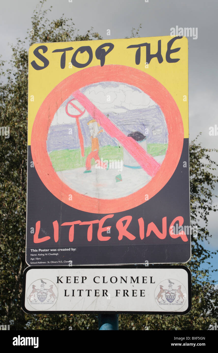 A 'Stop The Littering' poster on display beside a road in Clonmel, County Tipperary, Ireland (Eire). - Stock Image