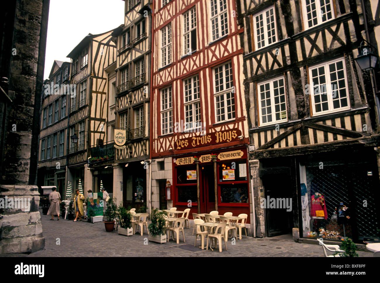 les trois roys restaurant rue de martainville city of rouen upper stock photo 33527607 alamy. Black Bedroom Furniture Sets. Home Design Ideas