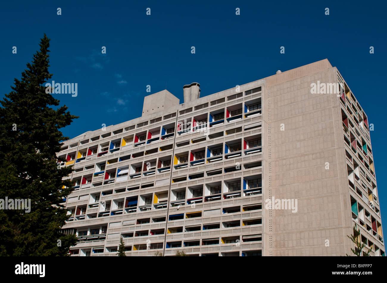 Le Corbusier Unite D Habitation le corbusier apartments stock photos & le corbusier