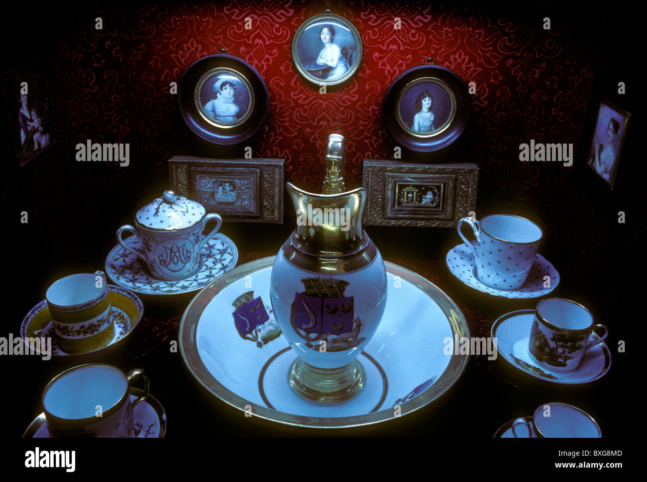 porcelain, porcelain pitcher, porcelain bowl, porcelain teacup, circa 1781, Lorrain Historical Museum, city of Nancy, - Stock Image