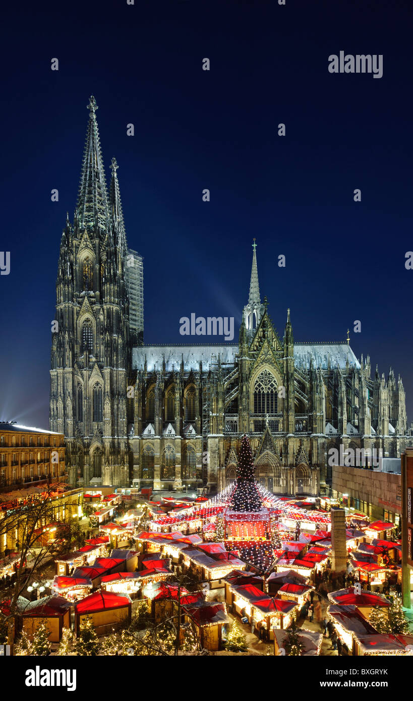 Christmas Market on Roncalli Square in front of Cathedral - Stock Image