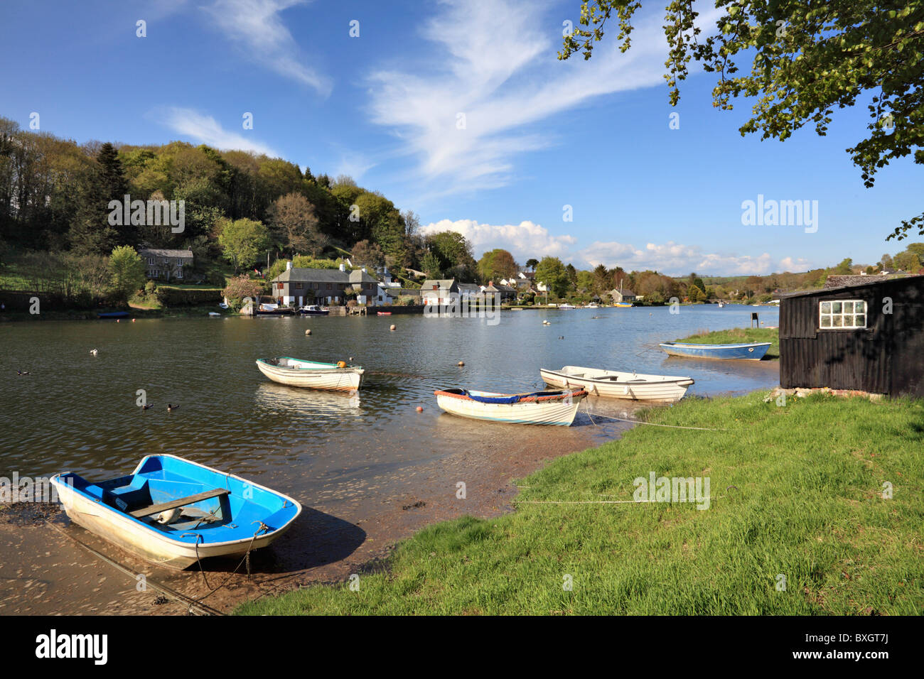 Boats at Lerryn at high tide - Stock Image