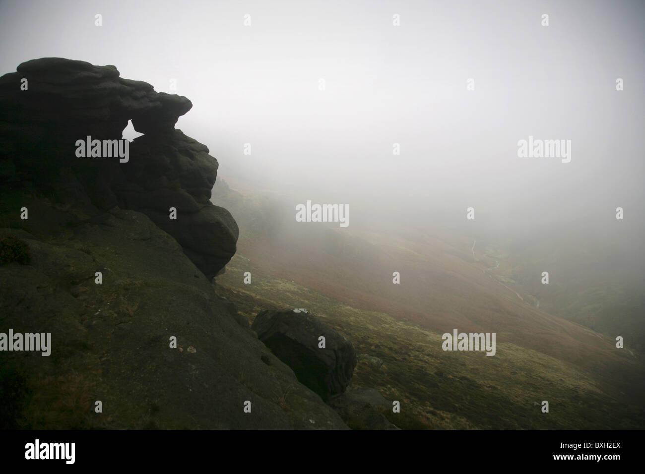 Rock formation on the upper slopes of Kinder Scout. Peak District, England. - Stock Image