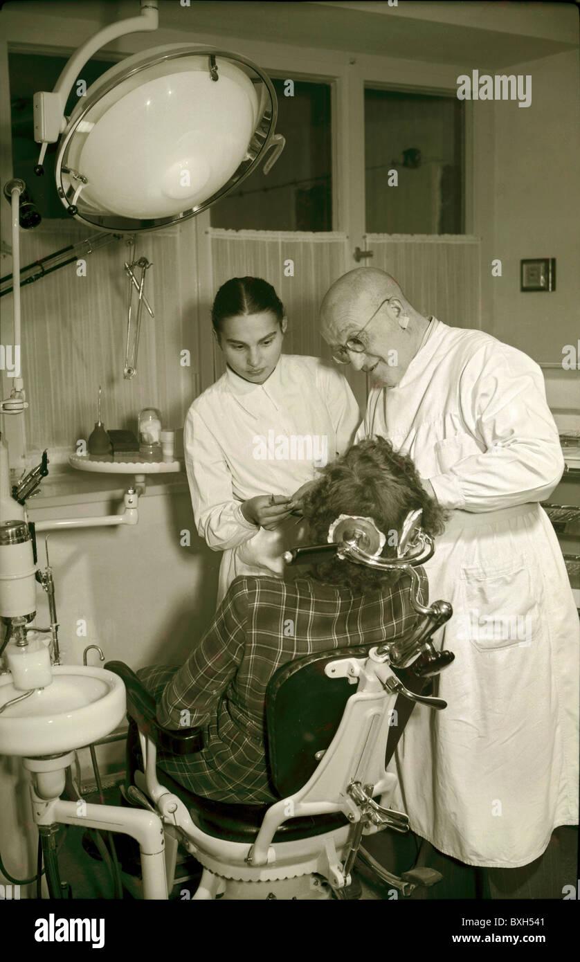 Medicine Dentistry Dentist During Treatment Bavaria