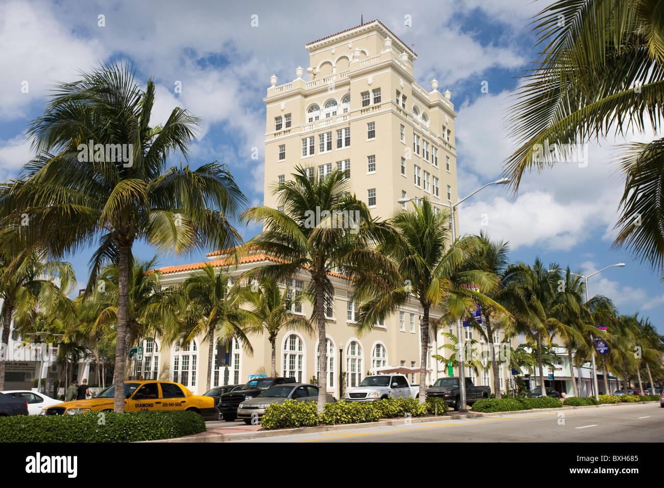 Old City Hall, Washington Street, in Miami's famous Art Deco district at South Beach, Miami, Florida, USA - Stock Image