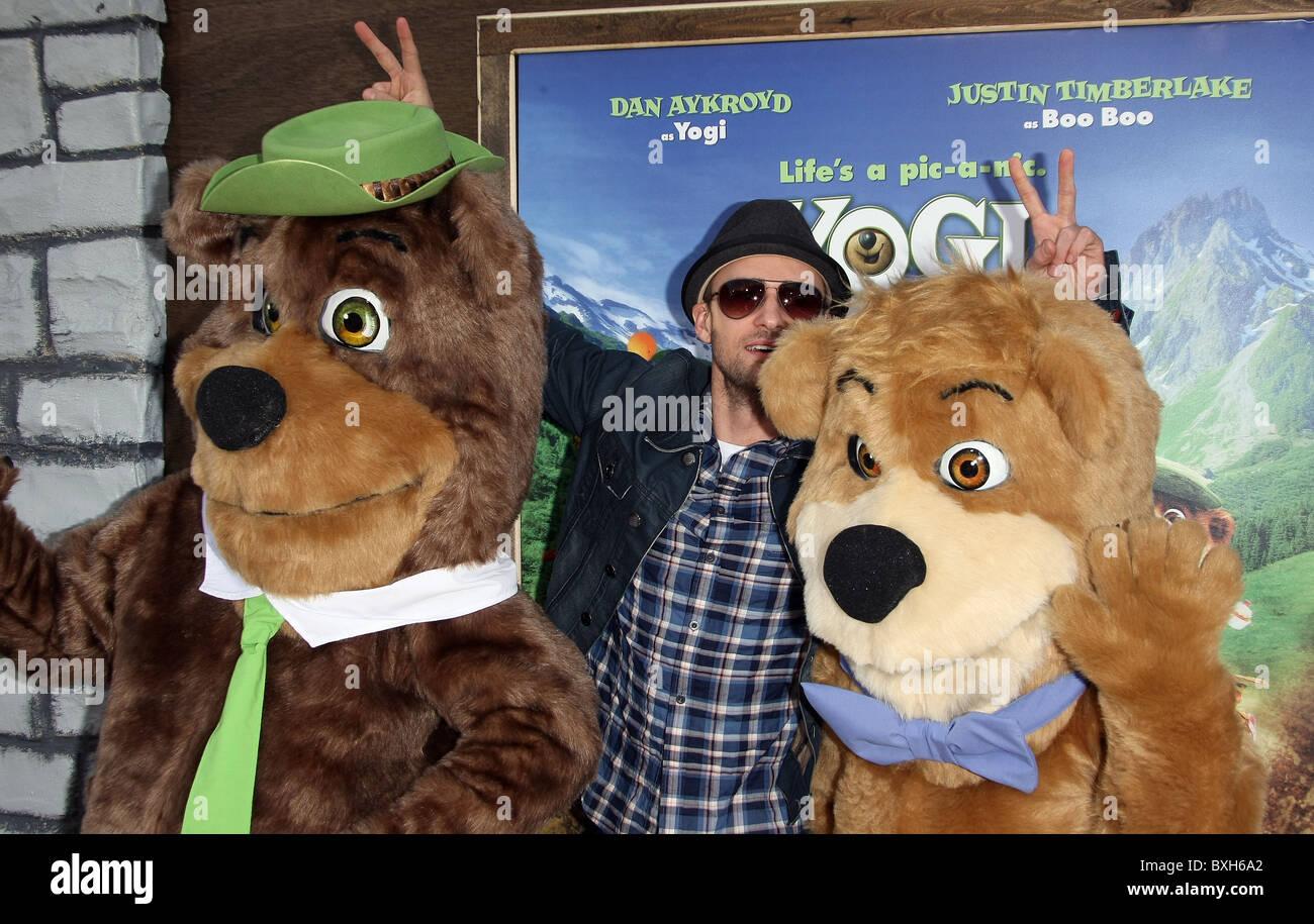 Yogi Bear Justin Timberlake Boo Boo Yogi Bear Los Angeles Premiere Stock Photo Alamy