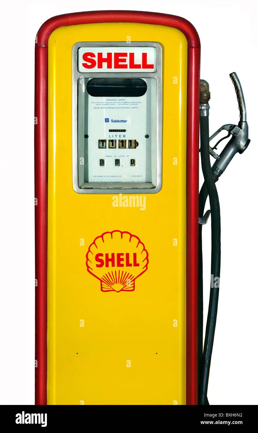 transport   transportation  petrol station  shell petrol gas pump clip art black white gas pump clipart free